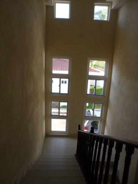 las-colinas-kmc-bienes-raices-4976427 (21)