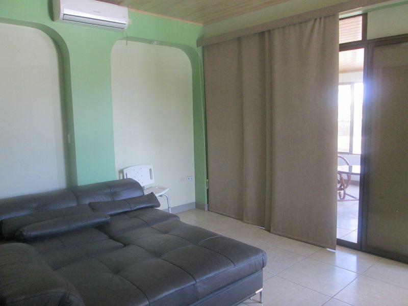 reparto-miraflores-kmc-bienes-raices-4647757-11
